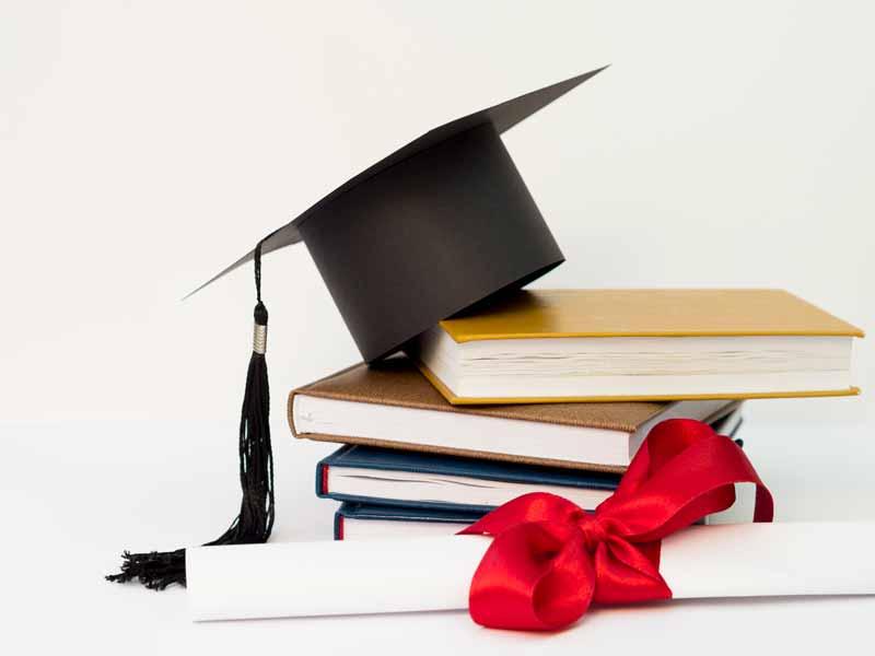Програма Scholarship: підтримка перспективних студентів